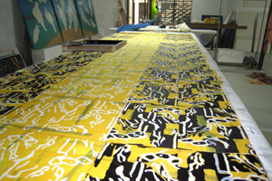 Screen printing silk length, one colour after another