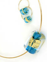 clear glass crystal and gold pendant with earrings