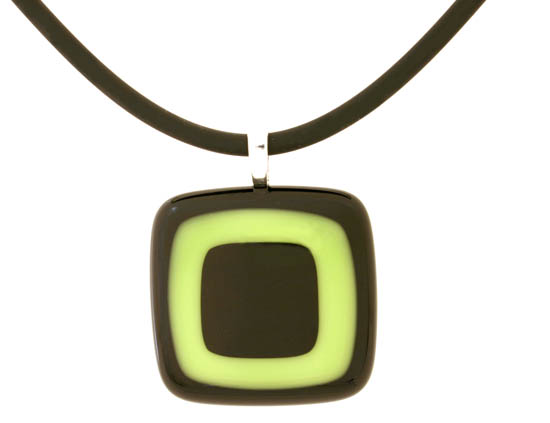 Glass pendant by Marie Simberg-Hoglund