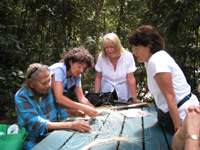 making black palm baskets with Wilma