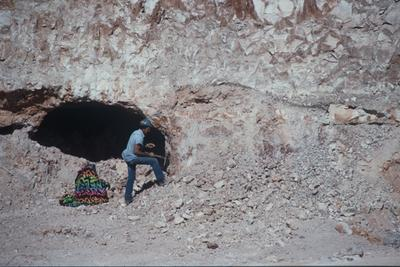 Black Opal found in Lightning Ridge 1981 photo Fran Moore