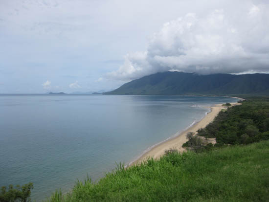 looking south, coastal road Cairns-Port Douglas
