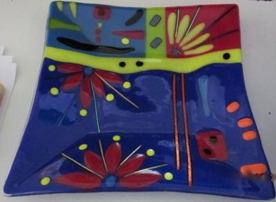 Fused & slumped glass plate