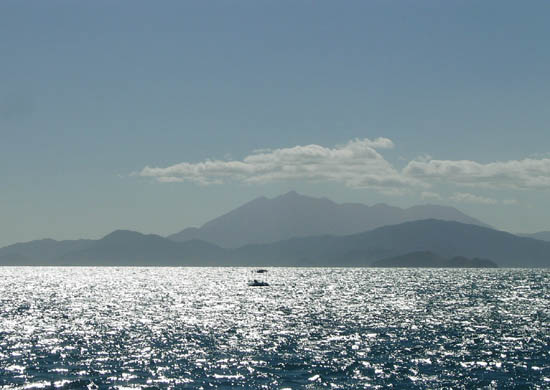 Views of the Coral Sea and Snapper Island